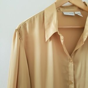 Jaclyn Smith || Gold Mustard Button Down Shirt